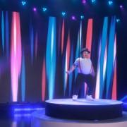 8-годишното дебелко момче што танцува како ѕвезда се враќа во студиото на Елен!