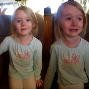 """Мало девојче со епска реакција за филмот """"Убавицата и Ѕверот"""""""