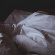 Мисловниот процес на луѓето што никогаш не можат да заспијат