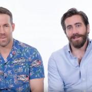 Рајан Рејнолдс и Џејк Џиленхол одговараат на најчесто поставуваните прашања за нив на Гугл