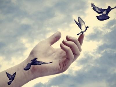 Инспиративни цитати што ќе ви помогнат да го прифатите вашето минато
