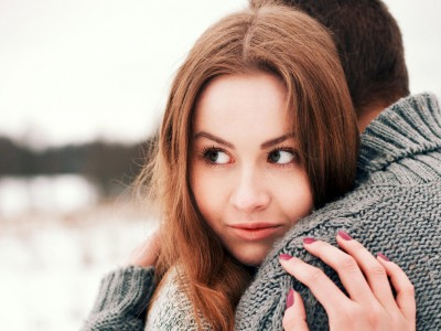Што ќе се случи со вашата врска доколку криете дури и најмали тајни од партнерот?