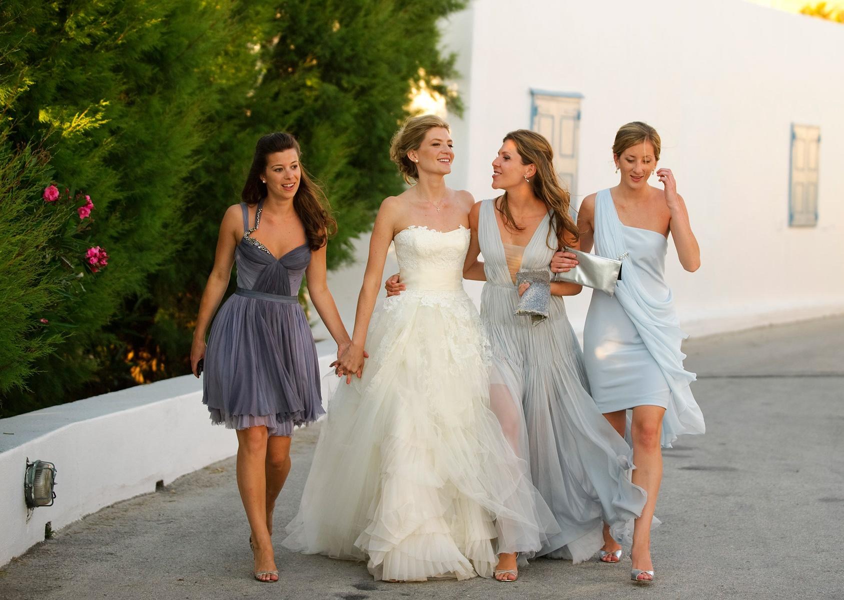 Морате да се здебелите   10 бизарни барања на една невеста до нејзините идни деверици