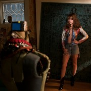 (2) ТВ серија: Девојка шеф (Girlboss)