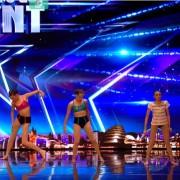 Талентираната Џулија танцува со сколиоза и покажува дека ништо не може да ве спречи да си ги остварите соништата!
