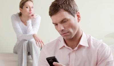 3 причини зошто среќно вљубените луѓе ги изневеруваат партнерите