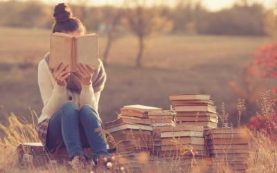 Истражувањата откриваат: Читањето ќе ве направи подобродушни
