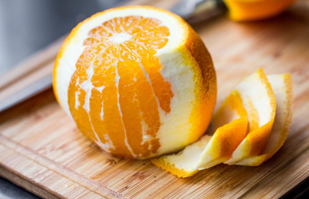 1-najdobriot-del-od-portokalot-napravete-prav-od-korata-koj-sodrzhi-dva-pati-povekje-vitamin-c-www.kafepauza.mk_
