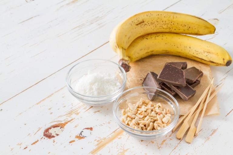 (2)10-chokoladni-deserti-za-koi-vi-se-potrebni-samo-3-sostojki-kafepauza.mk