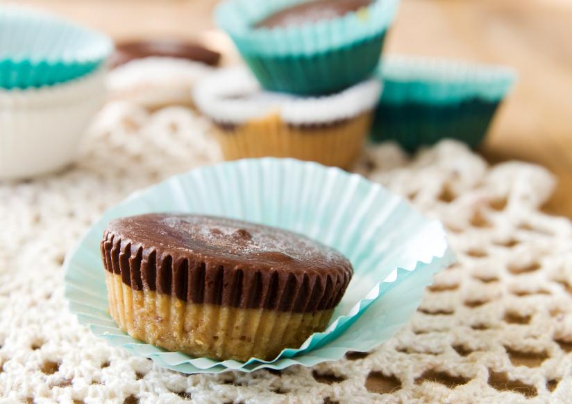 (4)10-chokoladni-deserti-za-koi-vi-se-potrebni-samo-3-sostojki-kafepauza.mk