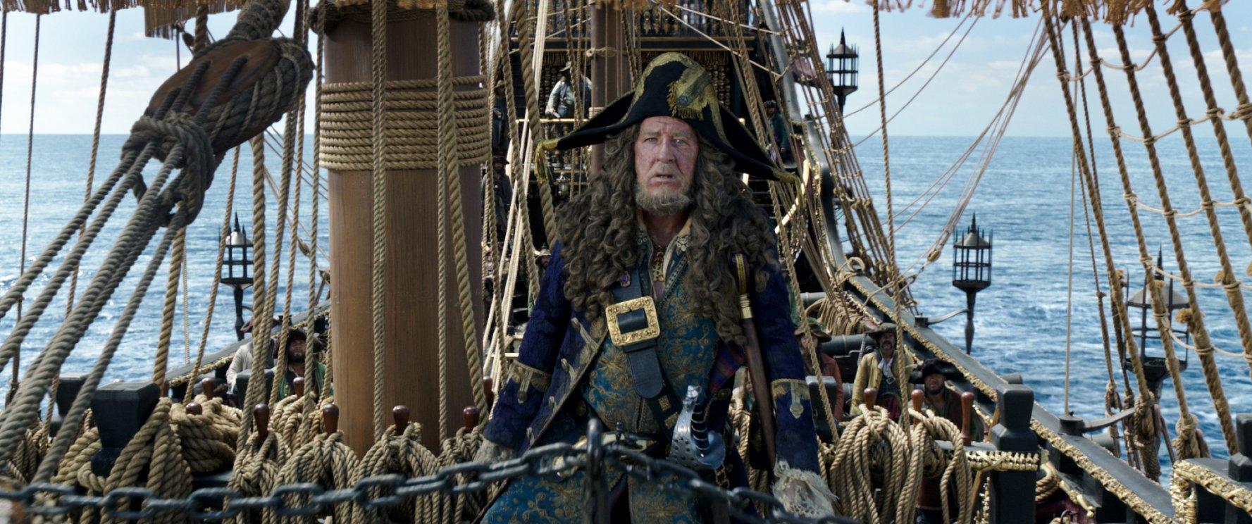 (5) film-piratite-od-karibite-odmazdata-na-salazar-pirates-of-the-caribbean-dead-men-tell-no-tales-www.kafepauza.mk