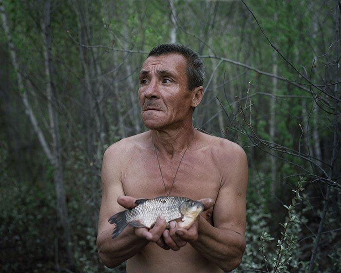 (5)prekrasni-fotografii-od-lugje-koi-ja-napushtile-civilizacijata-kafepauza.mk