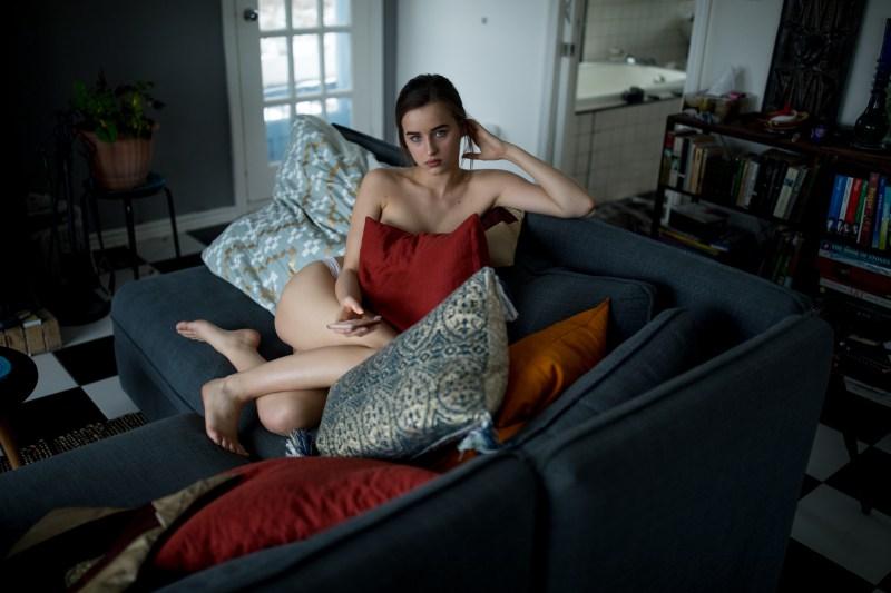 Науката вели дека овој тип луѓе обожаваат да си седат голи дома