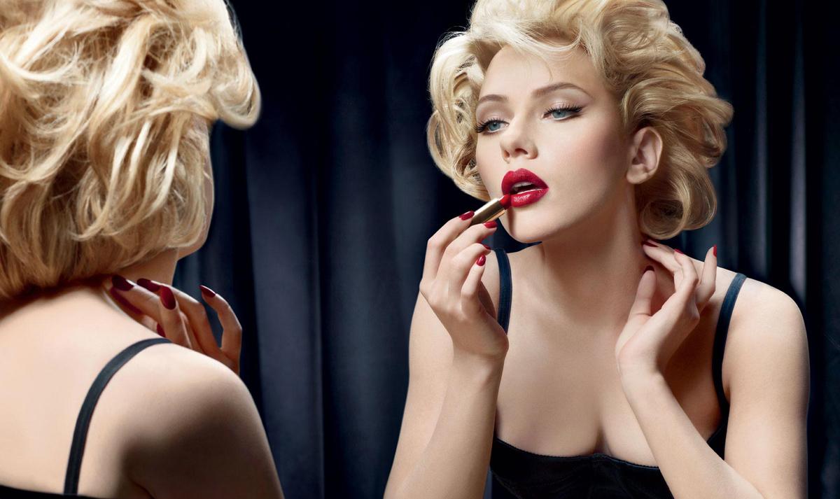 Дознајте која боја на кармин им помага на жените да се чувствуваат најмоќни  не е црвената