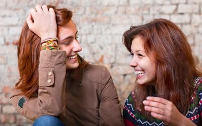 Зошто интровертите се најдобрите пријатели што можете да ги посакате?