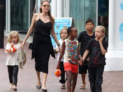 Моќта на мајчинството: Дознајте зошто Анџелина Џоли е прекрасна и силна мајка
