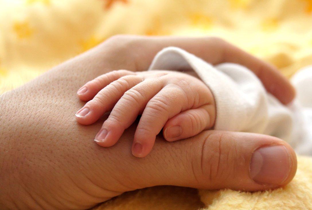 ova-bebe-vleglo-vo-istorijata-kako-prvoto-na-svetot-shto-ne-dobilo-oznaka-za-pol-po-ragjanjeto-www.kafepauza.mk