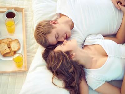 Тајните на брачниот кревет: Што предизвикува немир во спалната соба?