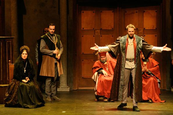 Моќта на театарот: Зошто театарската уметност има огромно влијание на нашиот личен развој?