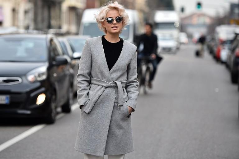 (5)kako-da-se-oblekuvate-kako-minimalist-bez-da-vi-bide-zdodevno-kafepauza.mk