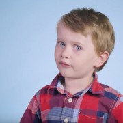 100 деца одговараат на најтешкото прашање на светот: Кого сакате повеќе, мама или тато?