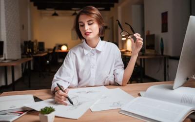 Истражувањата откриваат: Што мислат мажите за паметните жени?