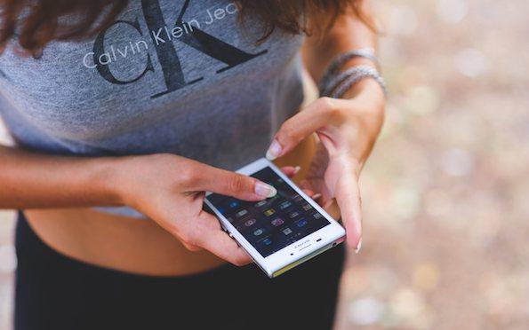 Најголемата предност на паметните телефони е истовремено и најпотенцијален ризик