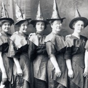 Необични карактеристики поради кои би ве прогласиле за вештерки во минатото