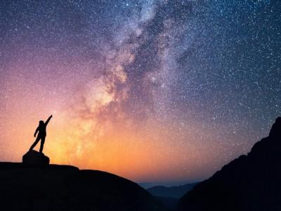 Тајната на законот за привлекување: Дали го благословувате или проколнувате вашиот живот?