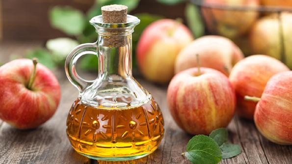 Имате проблеми со габична инфекција? Обидете се да ја излечите со јаболков оцет!
