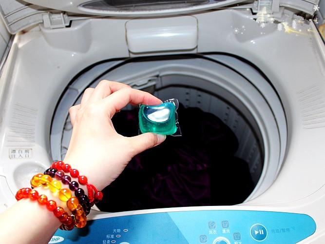 4-prashok-kapsuli-ili-techen-koj-detergent-e-najdobra-opcija-za-vas-www.kafepauza.mk_