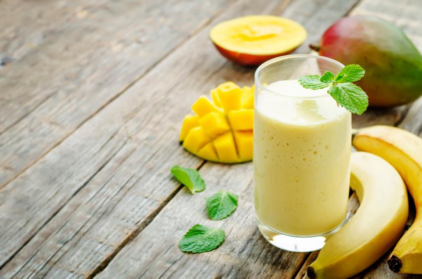 banana mango smoothies