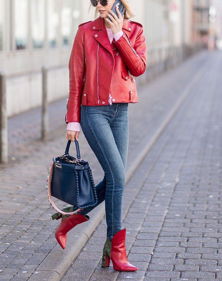 8-8-sjajni-nachini-kako-da-ja-nosite-kozhnata-jakna-za-ovaa-esen-www.kafepauza.mk_