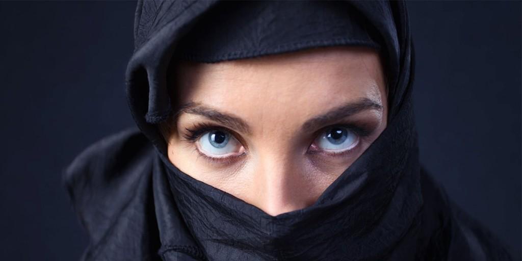 8-raboti-vo-saudiska-arabija-koi-zhenite-se-ushte-ne-smeat-da-gi-pravat-bez-dozvola-od-mazh-kafepauza.mk