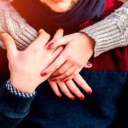 Дали е глупаво да се жртвува сопствената среќа во име на љубовта?