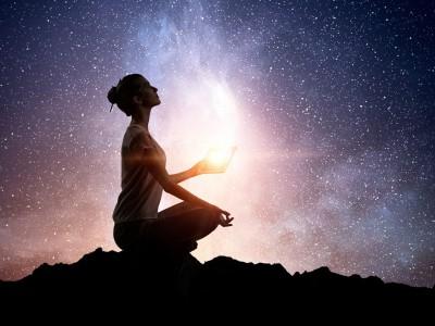 Дали се чувствувате како да не припаѓате никаде? Можеби сте ѕвездена душа!