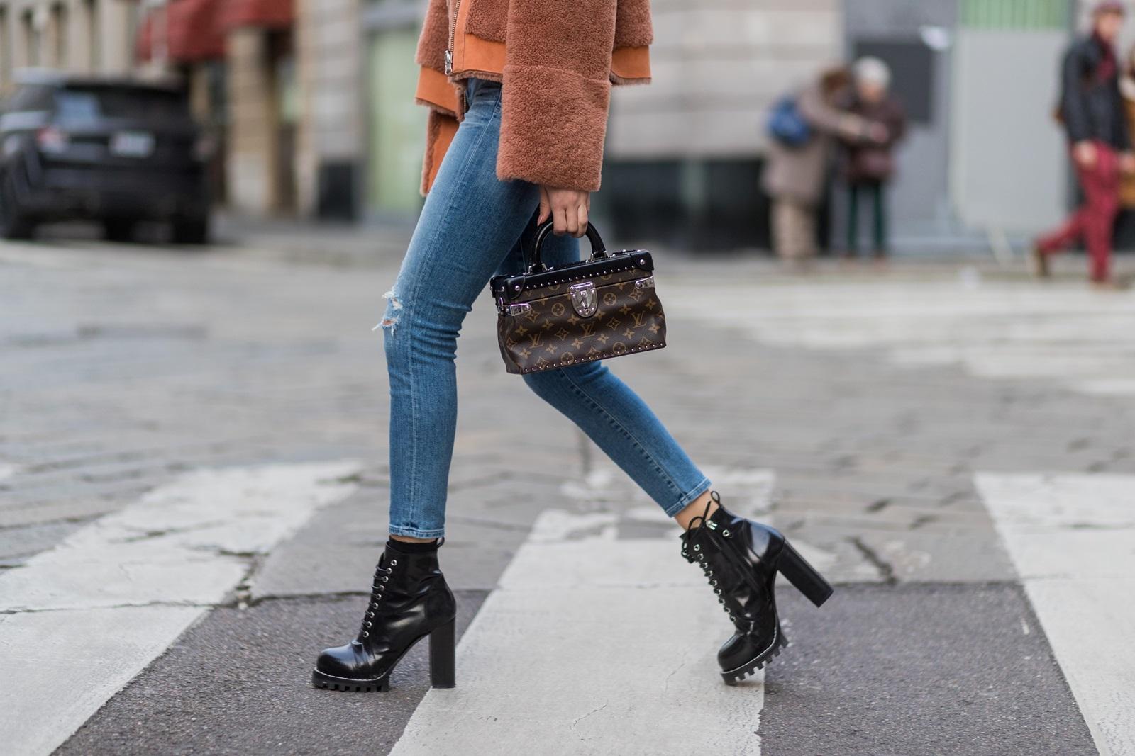 1-mali-modni-lekcii-5-stilski-greshki-koi-gi-pravime-koga-nosime-tesni-farmerki-www.kafepauza.mk_