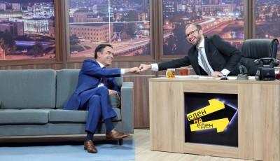 ЕДЕН НА ЕДЕН: Министерот Никола Димитров на гости кај Жаре (ВИДЕО)