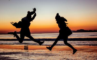 6 работи што ќе ги научите ако вашиот најдобар пријател се пресели во друга земја