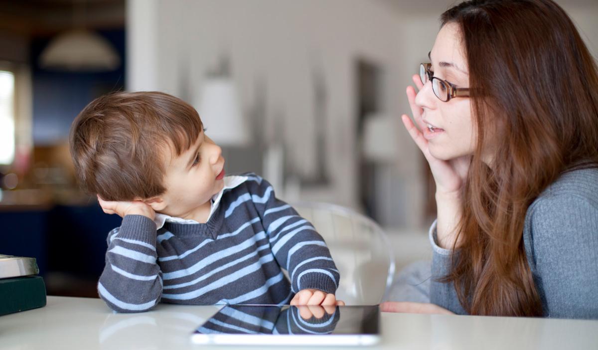 9 причини зошто родителите треба да бидат отворени со нивните деца