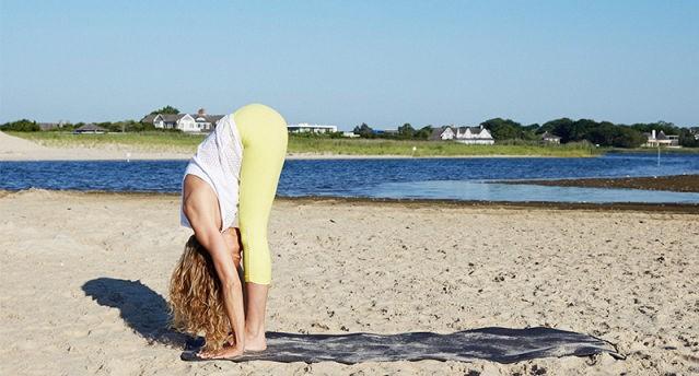 (2)joga-za-vnatreshen-mir-12-pozi-so-koi-kje-ja-namalite-tagata-kafepauza.mk