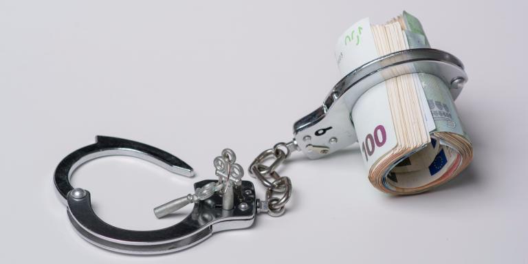 Дали сте роб на парите и како тоа ве повредува?