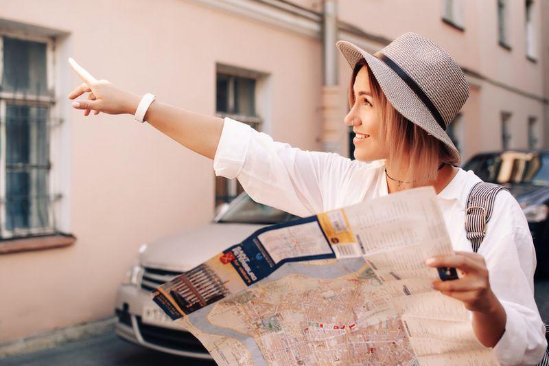 Како секој месец да штедите по малку и да соберете пари за патување?