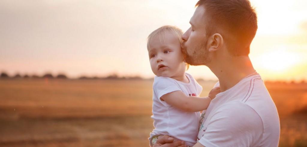 11 необични карактеристики што децата ги наследуваат од татковците
