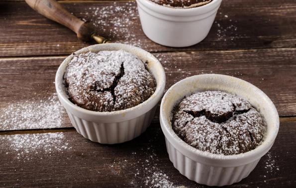 Чоколадно суфле: Елегантен десерт што ќе го направите за 10 минути!
