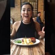 Како да им ги уништите фотографиите со храна на пријателите?