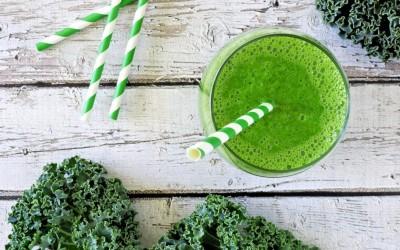 Зелен алкален пијалак за одржување на здравјето и енергијата