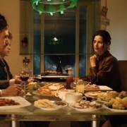 Подемите и падовите на едно семејство прикажани во 9 минути