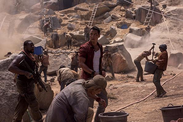 (7) film-tomb-rajder-tomb-raider-www.kafepauza.mk