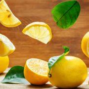 9 примени на лимонот во третманите за здравје и убавина